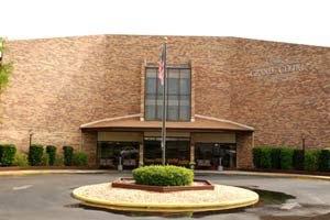 1211 Caroline Street East - Tavares, FL 32778