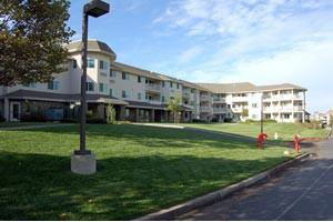 1715 Creekside Drive - Folsom, CA 95630