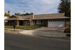 10348 Laramie Ave - Chatsworth, CA 91311