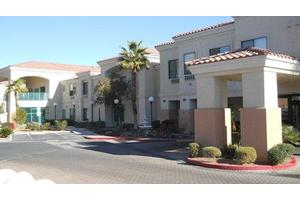 2620 Lake Sahara Dr - Las Vegas, NV 89117
