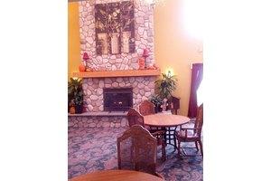 155 W Sunnyview Dr - Oak Creek, WI 53154