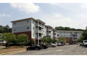 14400 Woodmere Court - Centreville, VA 20120