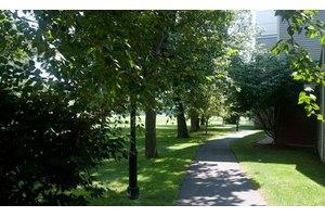 280 Newtonville Ave - Newton, MA 02460