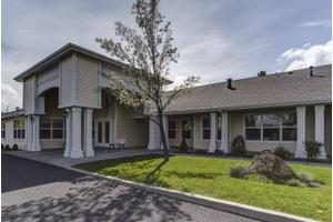 2825 Neff Rd - Bend, OR 97701