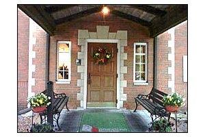 Photo 12 - American House East I Senior Living, 17255 Common Rd., Roseville, MI 48066