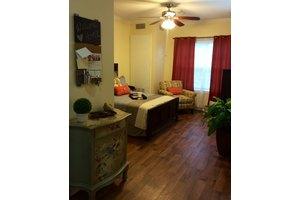 14050 Cutten Rd - Houston, TX 77069