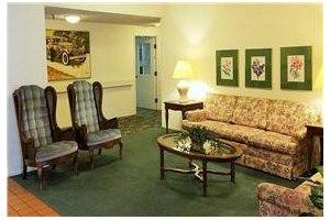Photo 2 - Leisure Manor Senior Living, 2901 El Camino Ave, Sacramento, CA 95821