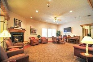 814 Woodard Ave - Cleburne, TX 76033