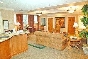 Photo 3 - Washington Oakes, 1717 Rockefeller Avenue, Everett, WA 98201