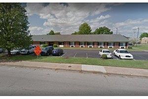 Parkway H & R, Memphis, TN