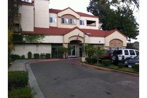 641 S Beach Blvd - Anaheim, CA 92804