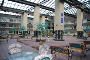 Holiday at the Atrium, GLENVILLE, NY
